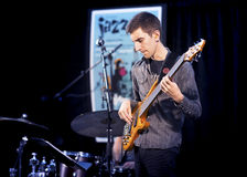 Brownman Electryc三重奏播放在口岸希望,在的2015年9月13日的所有加拿大爵士节 免版税库存照片
