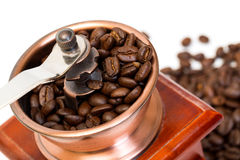Broyeur de café avec des grains de café Photo libre de droits