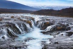 Bruarfoss vattenfall de populäraste turist- dragningarna i Icel Royaltyfria Foton