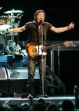 Bruce Springsteen et son E Street Band exécutent image libre de droits