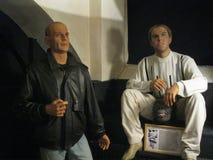 Bruce Willis e Adriano Celentano al museo della cera immagini stock libere da diritti
