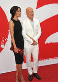 Bruce Willis & Emma Heming Royaltyfri Bild