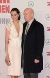 Bruce Willis och Emma Heming arkivbild