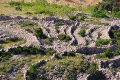 Bruchsteinwand Stara Baska Stockfoto