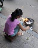 Bruciando per la buona fortuna Fotografia Stock Libera da Diritti