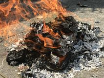 bruciarsi fotografie stock libere da diritti