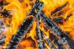 Bruciato collega le fiamme immagini stock