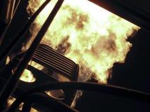 Bruciatore del fuoco in un aerostato di aria calda Immagini Stock Libere da Diritti