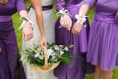 Brud- bröllopblomma- och brudbukett Royaltyfri Fotografi