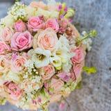 Brud- bukett av rosor Royaltyfri Foto