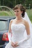 Brud i den vita klänningen Arkivbild