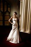 brud- klänningkvinna Arkivfoto