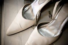 brud- par shoe bröllopwhite Royaltyfri Fotografi