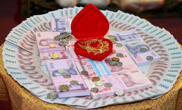 Brud-pris i thai bröllop, Thailand royaltyfri foto