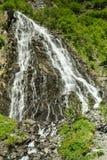 Brud- Valdezs skyler nedgångar Arkivfoto
