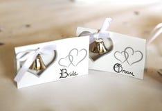 Den kända bruden & brudgummen förlägger kort Arkivbilder