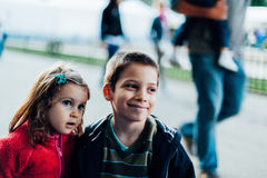 Bruder und Schwester Stockfotografie