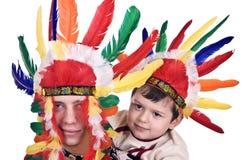 Bruder zwei im indischen Kostüm. Lizenzfreies Stockfoto
