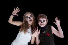 Brudgum och brud - levande död Fotografering för Bildbyråer
