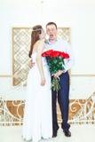 Brudgummen i chock Arkivfoto