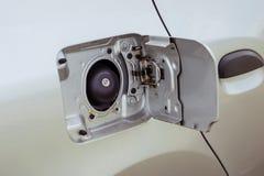 Brudna samochodowa paliwowego zbiornika nakrętka Obraz Stock