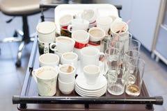 Brudni kawowi kubki Zdjęcia Royalty Free