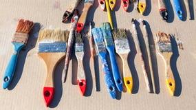 Brudni starzy farb muśnięcia Fotografia Stock