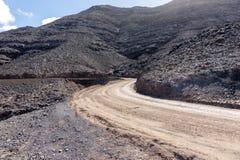 Brudny drogowy prowadzić Cofete plaża w Fuerteventura wyspa kanaryjska Tenerife obrazy stock