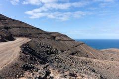 Brudny drogowy prowadzić Cofete plaża w Fuerteventura wyspa kanaryjska Tenerife zdjęcie royalty free