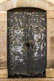 Brudny metalu drzwi Zdjęcia Royalty Free