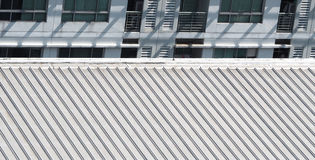 Brudzi starego metal tekstury dach Obrazy Stock
