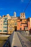 Brug aan oude stad, Girona Royalty-vrije Stock Foto's