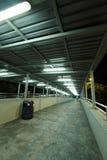Brug bij nacht met lichte slepen in Hongkong Royalty-vrije Stock Fotografie