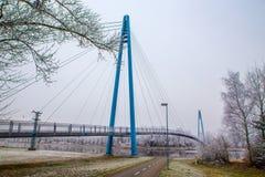 Brug boven Elbe rivier-Celakovice, Tsjechisch Rep Stock Foto's