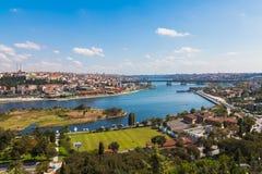 Brug door de Gouden Hoorn in Istanboel Royalty-vrije Stock Afbeeldingen