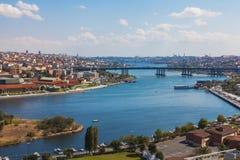 Brug door de Gouden Hoorn in Istanboel Stock Foto's