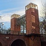 Brug met Torens in de Bossen TX royalty-vrije stock fotografie