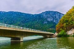 Brug op de Donau Stock Foto