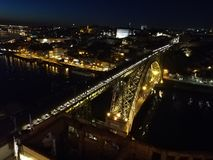 Brug op de rivier Douro stock afbeelding