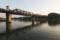 Brug op de Rivier Khwae, Kanchanaburi, Thailand Royalty-vrije Stock Foto's