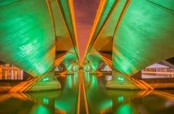 Brug over de Promenade van de Rivier van Singapore @ Royalty-vrije Stock Foto's