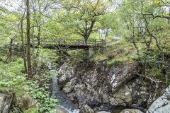 Brug over de Rivier Nevis, Schotland Stock Foto