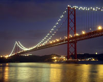 Brug over Rivier Tagus Royalty-vrije Stock Afbeelding