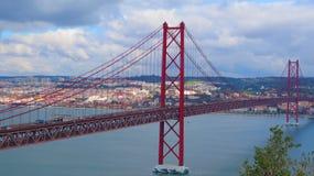 Brug over rivier Tagus, Lissabon Royalty-vrije Stock Foto