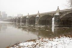 Brug over Susquehanna-Rivier met ijs Royalty-vrije Stock Foto