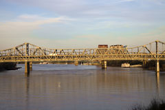Brug tussen Ohio en Kentucky Royalty-vrije Stock Afbeeldingen