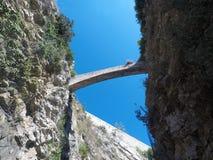 Brug tussen stadsmuren Dubrovnik, Kroatië royalty-vrije stock foto's