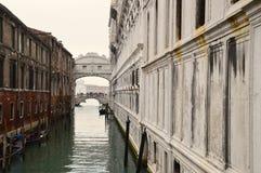Brug van Gezichten, Venetië Royalty-vrije Stock Afbeeldingen