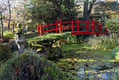 Brug van het Leven in Japanse Tuinen Kildandre stock foto