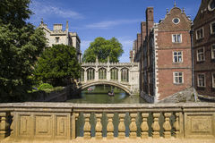 Brug van Sighs in Cambridge Stock Foto's